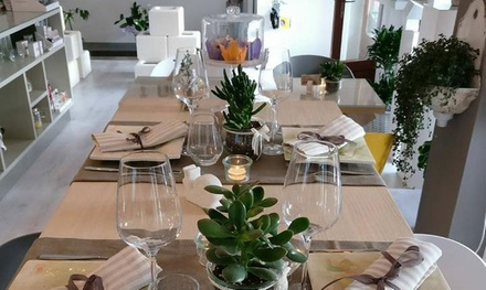 Menu bio con vino in flower shop