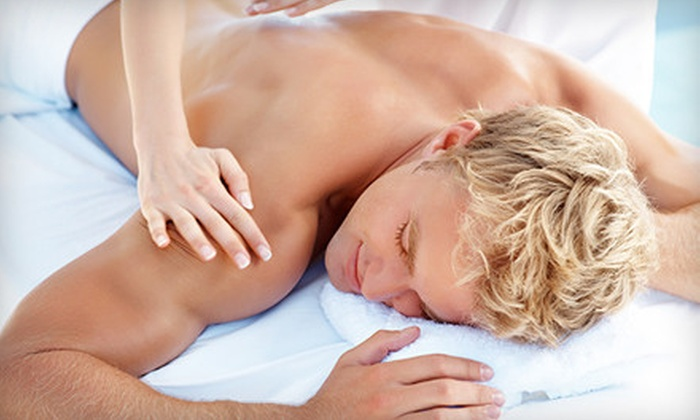 Minnesota Wellness Institute - Roseville: $37 for One-Hour Deep-Tissue or Relaxation Massage at Minnesota Wellness Institute in Roseville ($80 Value)