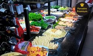Boi Branco: Buffet self-service completo + sorvete à vontade para 1, 2 ou 4 pessoas na Boi Branco – Raposo Tavares km 105