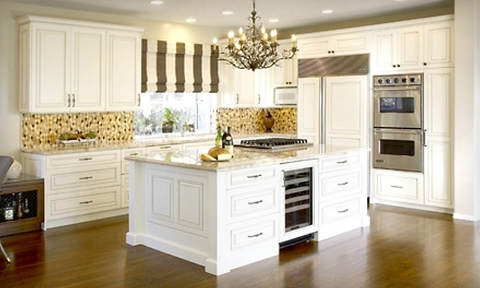 Bradco Kitchens and Baths - Mid-Wilshire: $100 for $1,000 Toward Kitchen Cabinetry from Bradco Kitchens and Baths