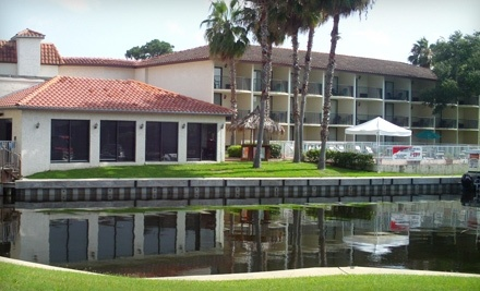 Lake Tarpon Resort - Lake Tarpon Resort in Palm Harbor