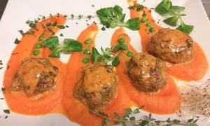 Barcelona Lunch & Bar: Romantyczna 2-daniowa kolacja dla 2 osób za 69,99 zł i więcej opcji w restauracji Barcelona Lunch & Bar w Katowicach