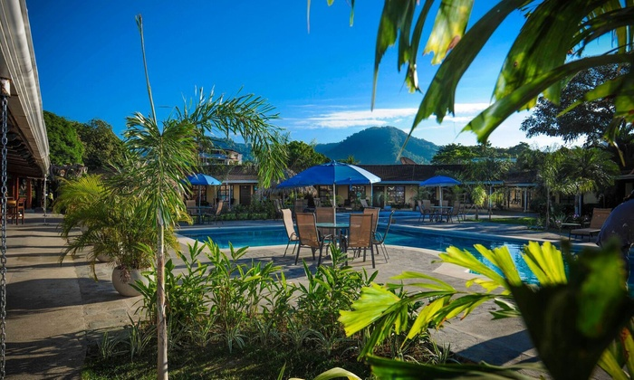 Costa Rican Beach Resort With Full Board Options