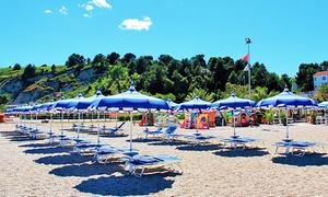 Risto Bar Stella Marina: Ingresso in spiaggia con ombrellone e lettini per 2 o 4 persone da Bagni Stella Marina (sconto fino a 47%)