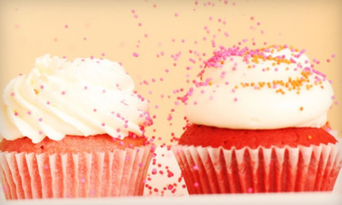 Sift - Multiple Locations: Six Cupcakes or a Cupcake-Decorating Class at Sift (Up to 51% Off)