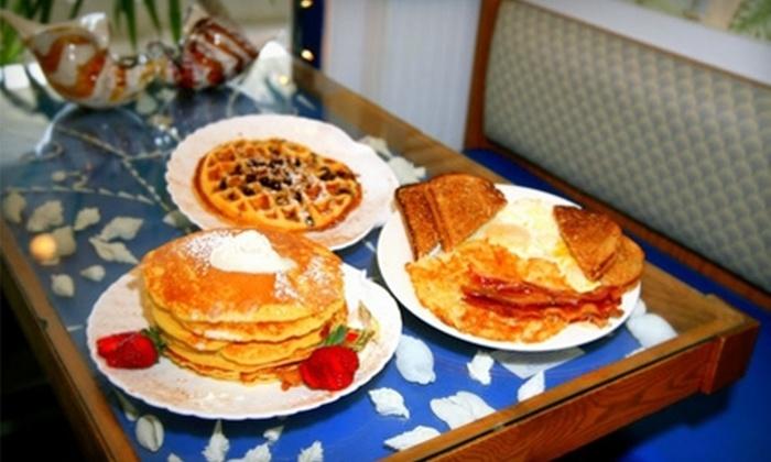Sanibel Cafe - Sanibel: $7 for $15 Worth of Breakfast or Lunch Café Fare at Sanibel Café in Sanibel