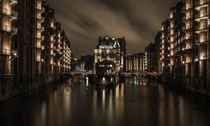 Photoacademy Hamburg: 3 Std. Foto-Workshop inkl. Theorie und Praxis-Tour für 1 oder 2 Pers. in der Photoacademy Hamburg (bis zu 79% sparen*)