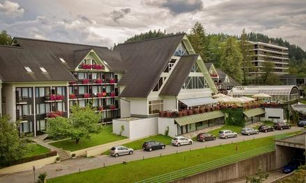 Slovenia, Hotel Kompas 4: fino a 3 notti con mezza pensione e Spa per 2 persone