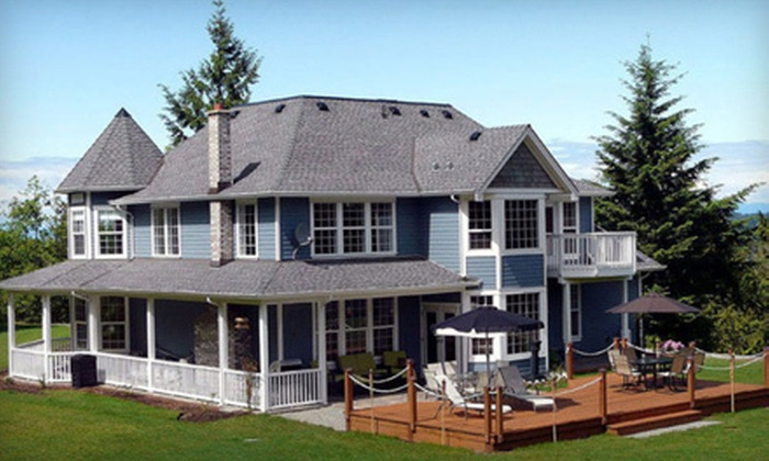Maple View Bed and Breakfast - Nanaimo: Two-Night Stay for Two at Maple View Bed and Breakfast in Nanaimo (Up to 43% Off). Four Options Available.