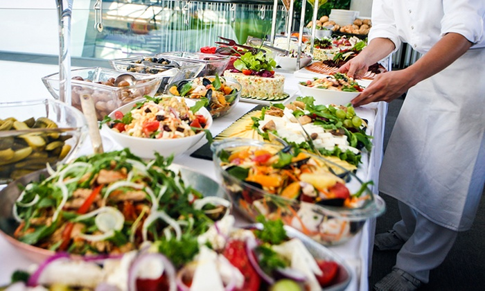 Mediterranes Catering inkl. An-und Abfahrt in ganz Berlin für 10-50 Personen bei RelaxX Catering (38% sparen*)