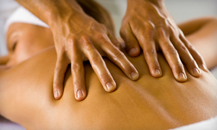 Diversey Health Center - Multiple Locations: $39 for a One-Hour Swedish or Deep-Tissue Massage at Diversey Health Center ($80 Value)