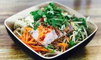 Traditionelles Tosho-Nudel-Menü mit Special und Tee nach Wahl für 2 oder 4 Personen bei Chin-Burger (bis zu 35% sparen*)