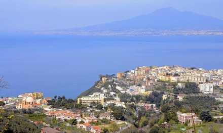✈ Sorrento: 3 to 7 Nights with Return Flights and Breakfast at the 4* Grand Hotel Moon Valley