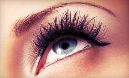 One full set of eyelash extensions and one fill treatment