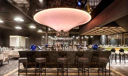 Menú para 2 con entrante, principal, postre y botella de vino o bebida desde 45,95 € en D'Sesto