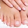 Fußpflege und/oder Maniküre
