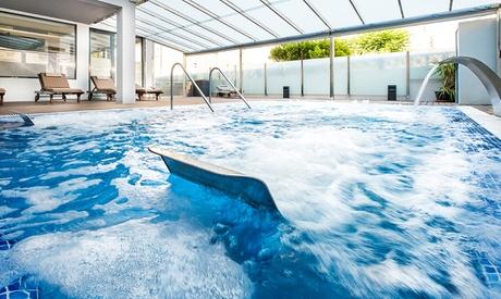 Spa con copa de cava o zumo para dos con opción a menú, cóctel y masaje desde 26,99 € en Spa Hotel Nautic Oferta en Groupon
