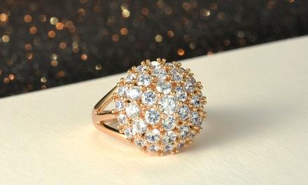 Ring versierd met imitatiesaffieren van 2,5 karaat