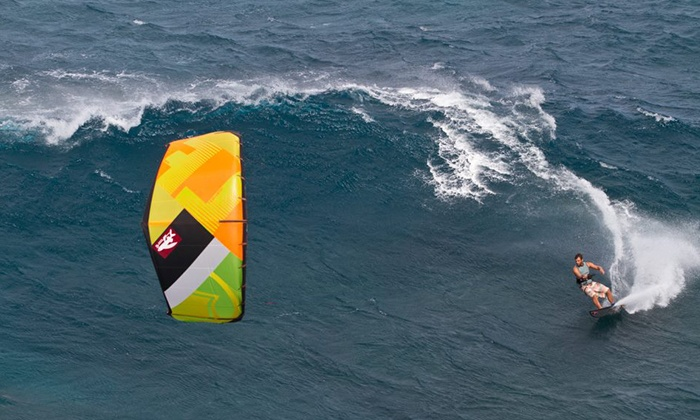 Miami Beach Paddleboard - MIami Beach: $49 for a 90-Minute Kiteboarding Experience with a Lesson and Flight from Miami Beach Paddleboard ($150 Value)