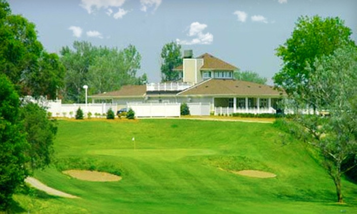Castlemore Golf & Country Club - Castlemore Golf & Country Club: $18 for Nine Holes of Golf for Two at Castlemore Golf & Country Club in Brampton ($40 Value)