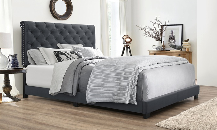 Fine Candace Chesterfield Hollywood Glamour Platform Bed Groupon Lamtechconsult Wood Chair Design Ideas Lamtechconsultcom