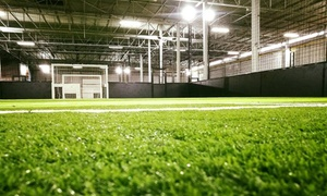 MF Soccer Arena: 1 heure de location de terrain de football intérieur au MF Soccer Arena