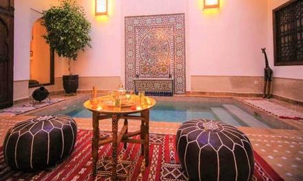 Marrakech: habitación doble para 2 personas con desayuno o media pensión y opción a masaje en Riad Clefs D'Orient