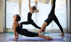 Mama Ćwiczy Fitness: Fitness: 4 wejścia na zajęcia dla mamy (69,99 zł) oraz dzieci (99,99 zł) i więcej w Mama Ćwiczy Fitness (do -56%)