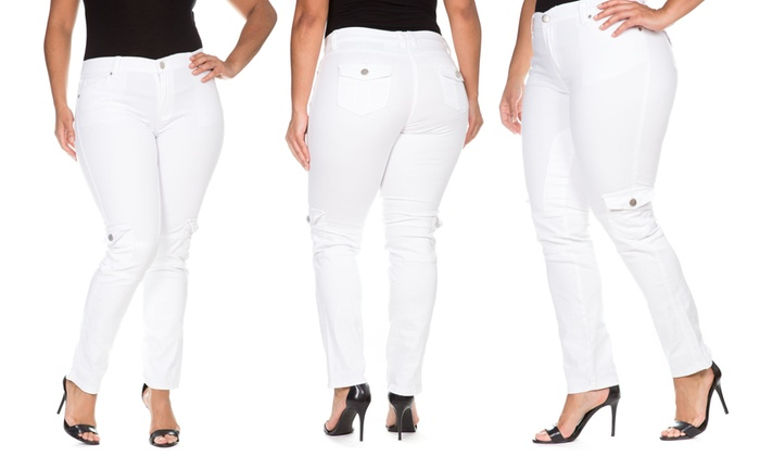 VIP Women's Assorted Plus Size Jeans (Sizes 13/14 & 21/22)