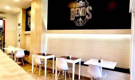 Menú para 2 o 4 personas con entrante, principal, postre y bebida desde 22,99 € en Bends Parrilla