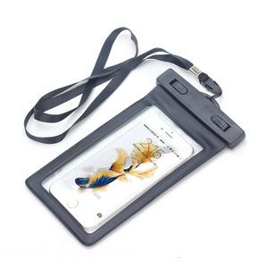 Bolsa impermeable para el iPhone 6, 6s Plus por 5,99 € (61% de descuento)