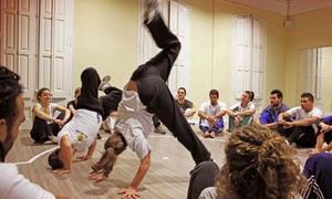 Capoeira Barcelona: 3, 6 o 12 meses de clases de capoeira o yoga para 1 o 2 personas desde 19,90 € en Capoeira Barcelona