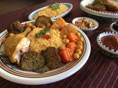 Le Dromadaire: Couscous ou tajine et boisson, ou plat et entrée ou dessert pour 2 dès 19,90 € au restaurant restaurantLe Dromadaire