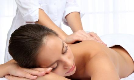 1 o 3 sesiones de masajes de distintas terapias desde 19,95 € en Osteopatía Triana