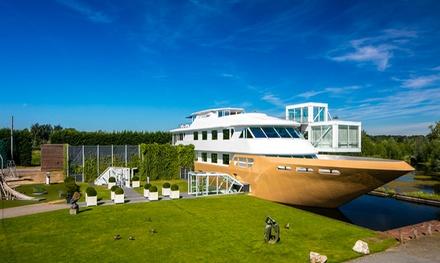 Brabant: deluxe 2persoonskamer met ontbijt & naar keuze entree De Wellnessboot en diners bij Teugel Resort Hotel Uden