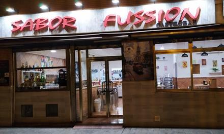 Menú de comida cubana con cóctel, picoteo, principal, postre y bebida en Sabor Fussion (hasta 51% de descuento)