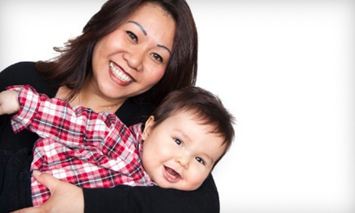 """Aspect Alaska Photography - Anchorage: 30- or 60-Minute Mother's Day Photo Shoot with 11""""x14"""" Print at Aspect Alaska Photography (Up to 65% Off)"""