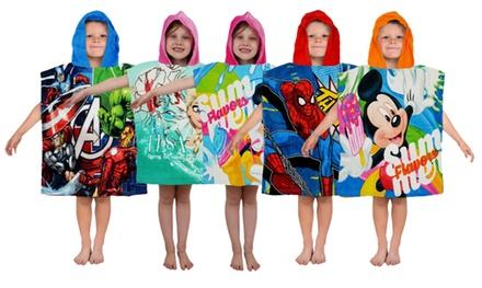 Poncho albornoz para niños Marvel o Disney