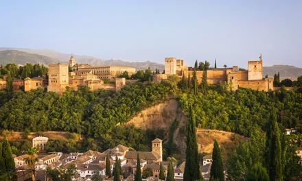Granada: 1, 2 o 3 noches para 2 o 3 con desayuno y opción a media pensión y visita a la Alhambra en Hotel Poniente