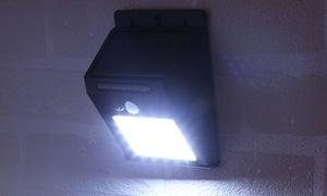 Lumière de sécurité solaire à LED