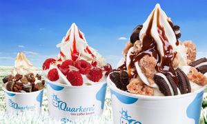 Quarkerei: 5er- oder 10er-Karte für Frozen Quark mit 3 Toppings und heißer Schokolade in der Quarkerei (bis zu 41% sparen*)