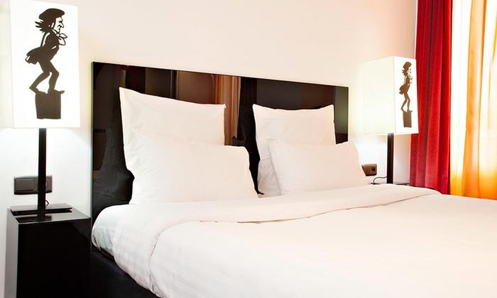 chat noir h tel par s ile de france groupon getaways. Black Bedroom Furniture Sets. Home Design Ideas