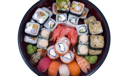 Sushi box d'asporto con 56 pezzi
