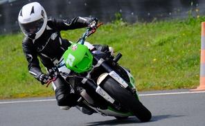 kurven.team: Motorrad-Fahrsicherheitstraining für 1 oder 2 Personen bei kurven.team (bis zu 49% sparen*)