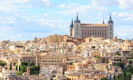 Toledo: estancia para 2 personas con desayuno, detalle de bienvenida y opción a media pensión en Cigarral Del Alba 4*