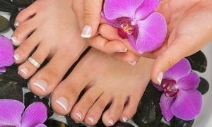 Fiordiloto (Foligno): 3 manicure e pedicure con smalto a scelta da Fiordiloto (sconto fino a 80%)
