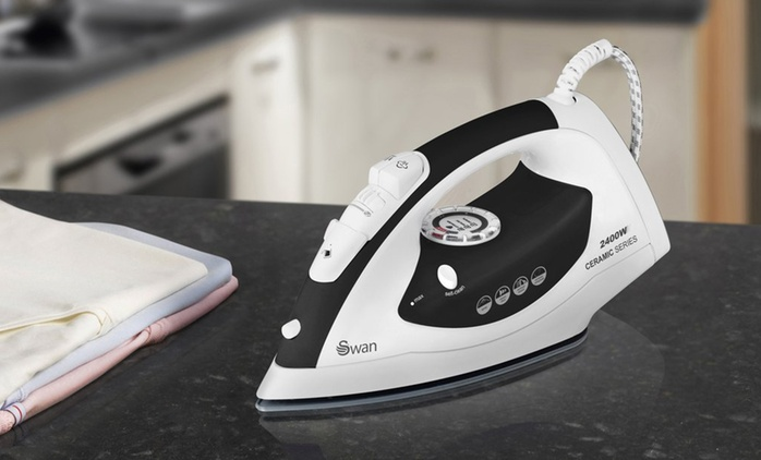 Swan 2400W Ceramic Soleplate Iron in Choice of Colour for £14.99 (75% Off)