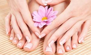 Officina del Benessere: 3 manicure e pedicure con smalto e trattamento Spa all'Officina del Benessere (sconto fino a 79%). Valido in 3 sedi