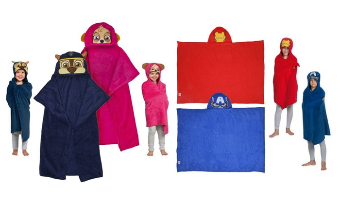 Groupon Goods Global GmbH: Children's Character Hooded Cuddle Blanket in Choice of Design