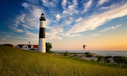 Stay with Optional Romance Package at Candlelite Inn Bed & Breakfast in Ludington, MI. Dates into June.
